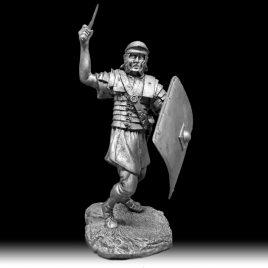 легионер с мечом